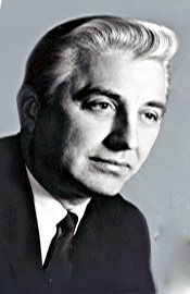 Portret: Roman Pucinski, główny śledczy Komitetu Maddena, później kongresman zramienia Partii Demokratycznej