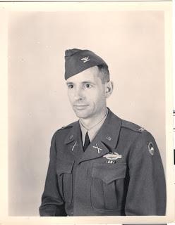 Portret: Pułkownik John Van Vliet w mundurze, lata pięćdziesiąte. źródło: oflag64altburgund.blogspot.com